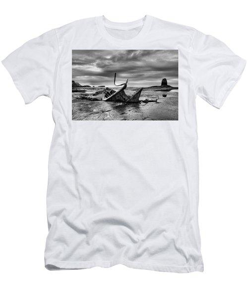 Admiral Von Tromp At Black Nab Men's T-Shirt (Athletic Fit)