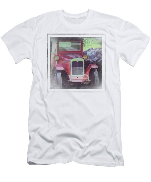 1920 International Farm Truck Men's T-Shirt (Athletic Fit)