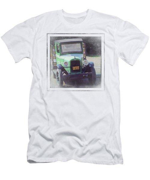 1926 Chevrolet Truck Men's T-Shirt (Athletic Fit)