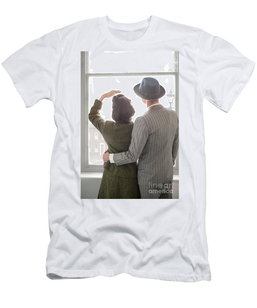 1940s Couple At The Window Men's T-Shirt (Slim Fit) by Lee Avison