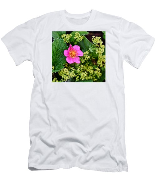 2015 Summer's Eve At The Garden Lipstick Strawberry Men's T-Shirt (Athletic Fit)