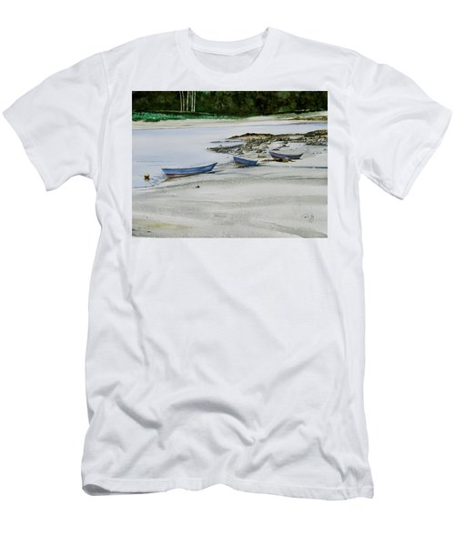 3 Dories Kennebunkport Men's T-Shirt (Athletic Fit)