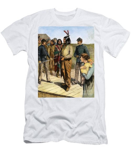 Geronimo 1829-1909.  To License For Professional Use Visit Granger.com Men's T-Shirt (Athletic Fit)