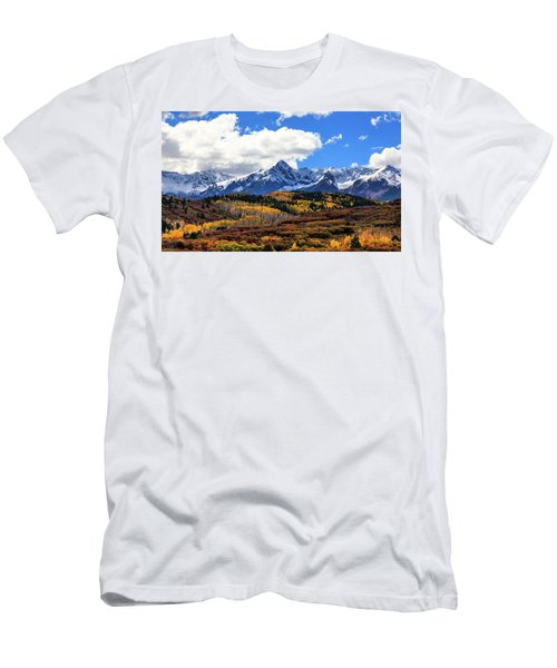 A Vision Splendor Men's T-Shirt (Slim Fit) by Rick Furmanek