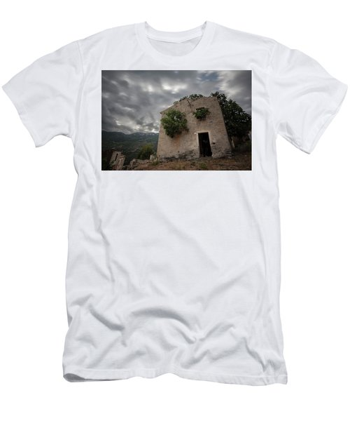 Abandoned Country Men's T-Shirt (Athletic Fit)