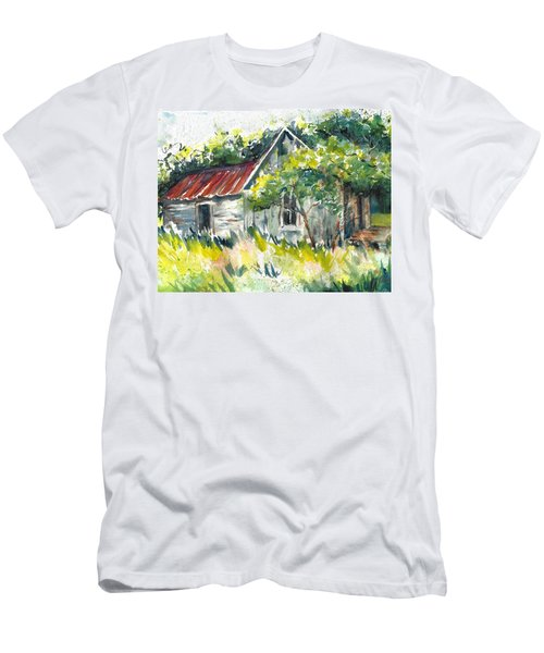 Abandoned Farmhouse In The Ozark Mountains On The Gravel Road To Hawk's Bill Crag At Whitaker Point Men's T-Shirt (Athletic Fit)