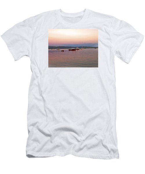 Aberdovey Moorings. Men's T-Shirt (Athletic Fit)