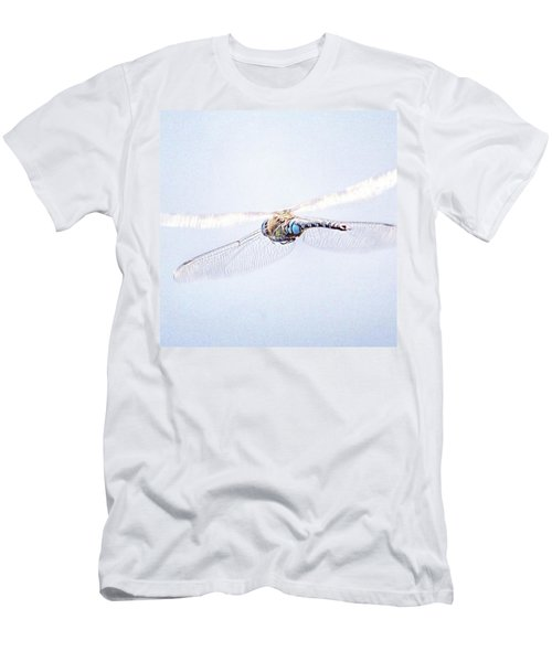 Aeshna Juncea - Common Hawker In Men's T-Shirt (Slim Fit)