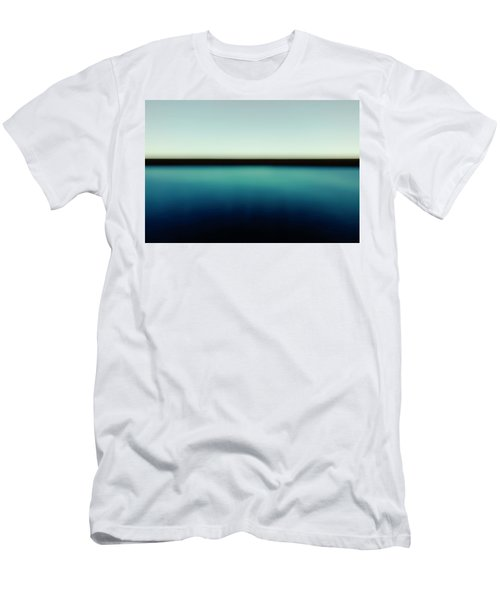 Alaska Men's T-Shirt (Athletic Fit)
