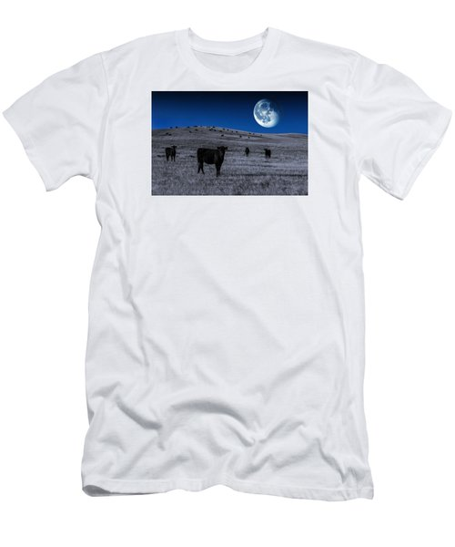 Alien Cows Men's T-Shirt (Athletic Fit)