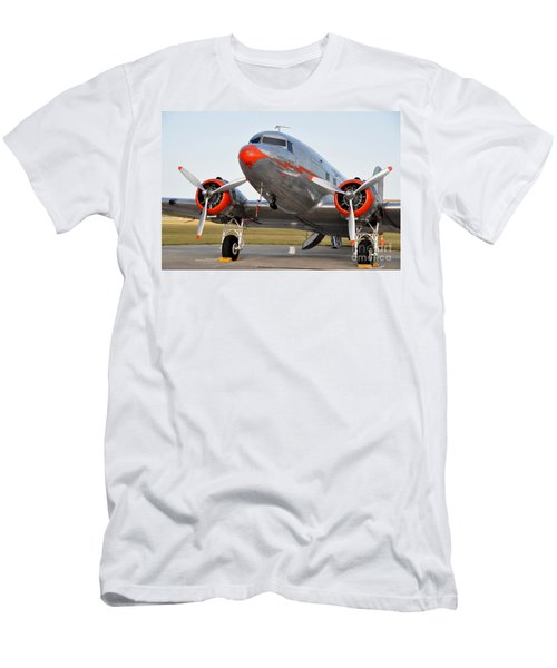 American Airlines Dc3 Men's T-Shirt (Athletic Fit)
