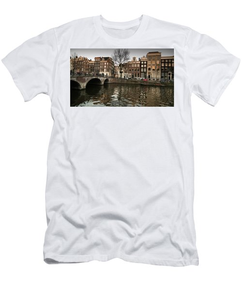 Amsterdam Canal Bridge Men's T-Shirt (Athletic Fit)
