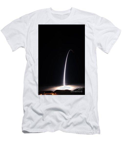 An Unarmed Lgm-30g Minuteman IIi Men's T-Shirt (Athletic Fit)
