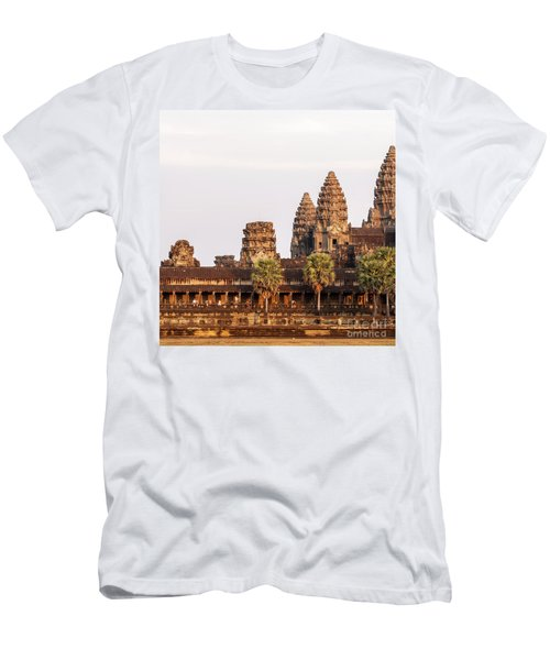 Angkor Wat 19 Men's T-Shirt (Athletic Fit)