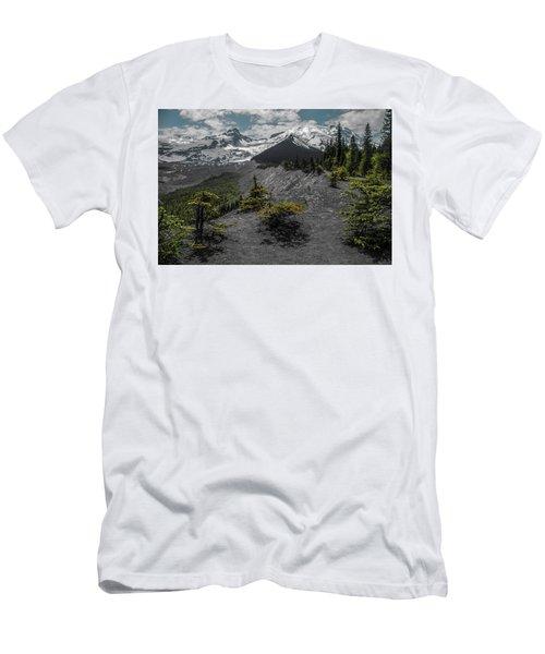 Approaching Rainer Men's T-Shirt (Athletic Fit)