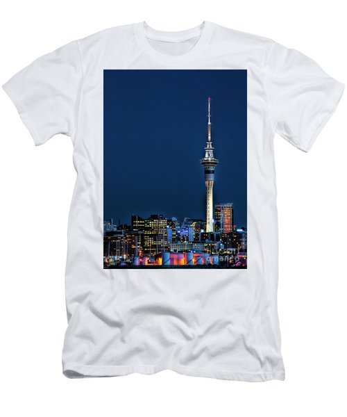 Auckland Skytower Men's T-Shirt (Athletic Fit)