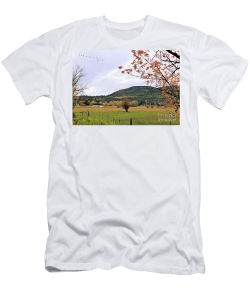 Autumn Country View Men's T-Shirt (Athletic Fit)