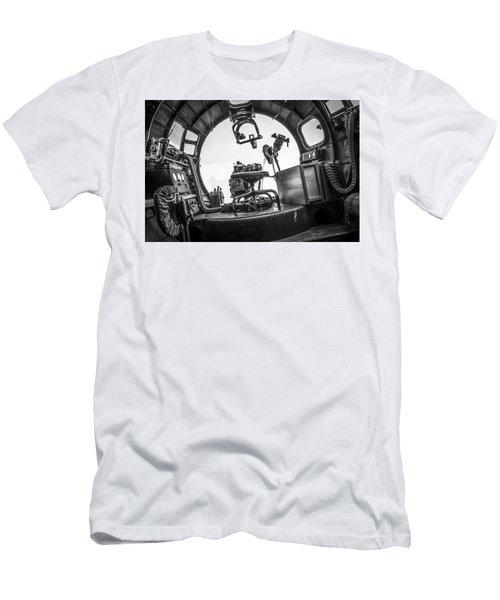 B-17 Bombardier Office Men's T-Shirt (Athletic Fit)