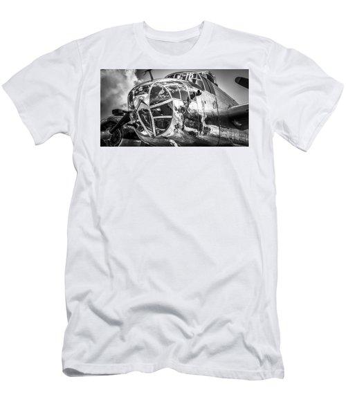 B-25 - Bw Series 2 Men's T-Shirt (Athletic Fit)