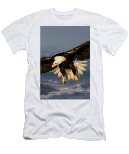 Bald Eagle In Action Men's T-Shirt (Athletic Fit)