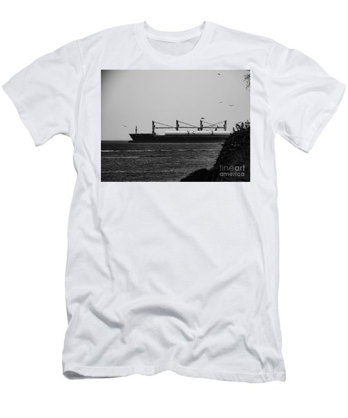 Big Ship Men's T-Shirt (Athletic Fit)