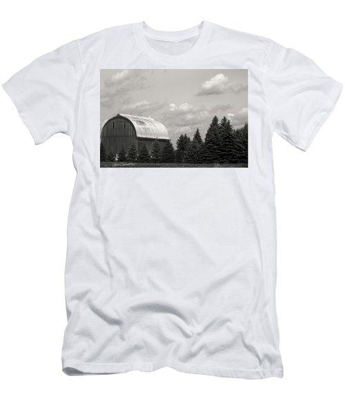 Black And White Barn Men's T-Shirt (Slim Fit)