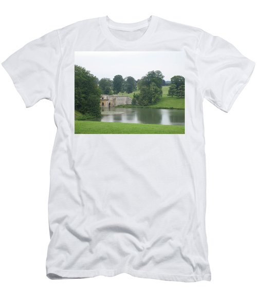 Blenheim Palace Lake Men's T-Shirt (Athletic Fit)