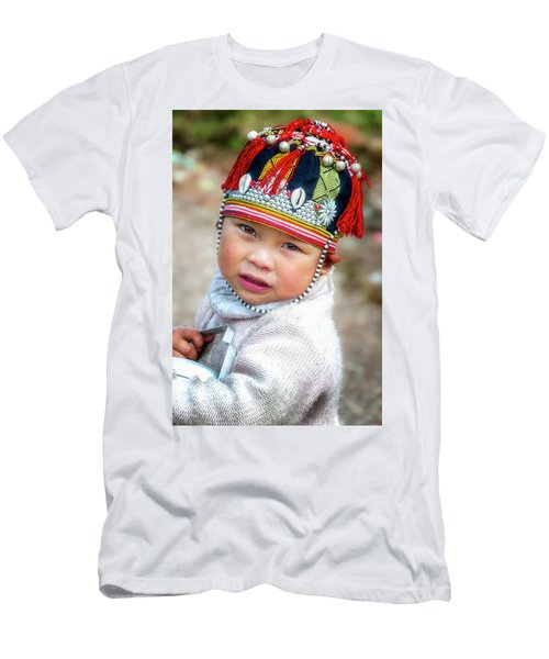 Boy With A Red Cap. Men's T-Shirt (Athletic Fit)