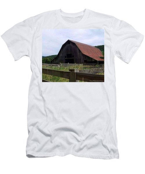 Buffalo River Barn Men's T-Shirt (Athletic Fit)