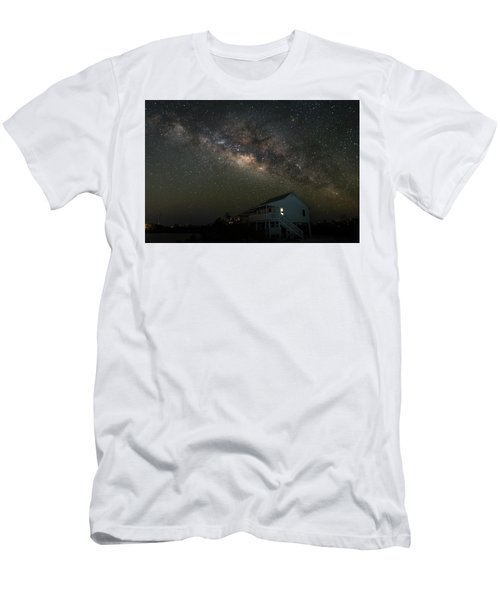 Cabin Under The Milky Way Men's T-Shirt (Athletic Fit)