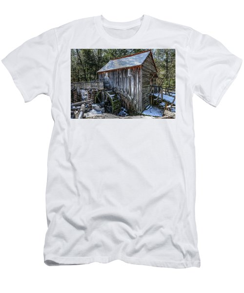 Cades Cove Grist Mill In Winter Men's T-Shirt (Athletic Fit)