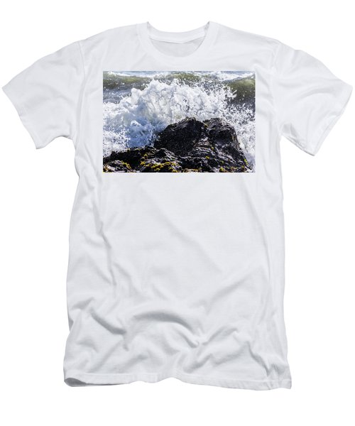 California Coast Wave Crash 4 Men's T-Shirt (Athletic Fit)