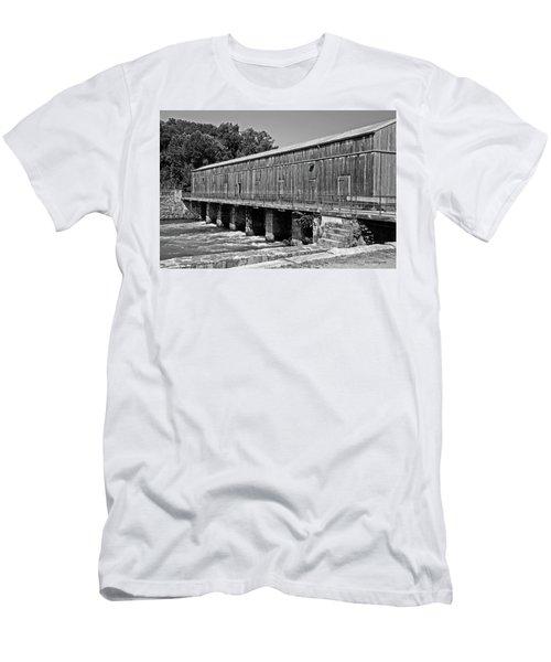 Canal Headgates Men's T-Shirt (Slim Fit) by Kay Lovingood