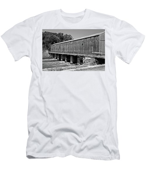 Canal Headgates Men's T-Shirt (Athletic Fit)
