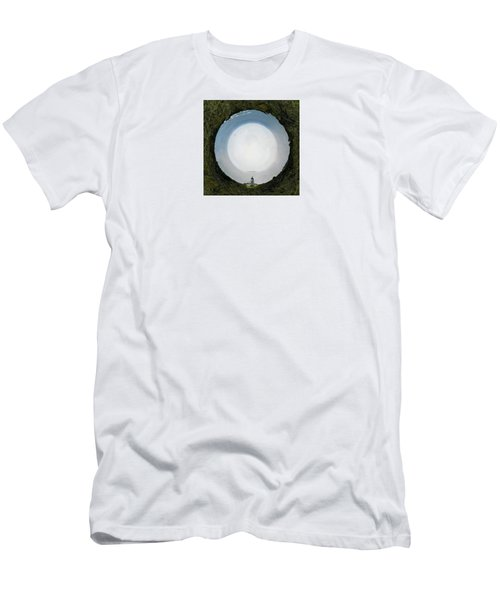 Sacred Planet - Cape Renga Men's T-Shirt (Athletic Fit)