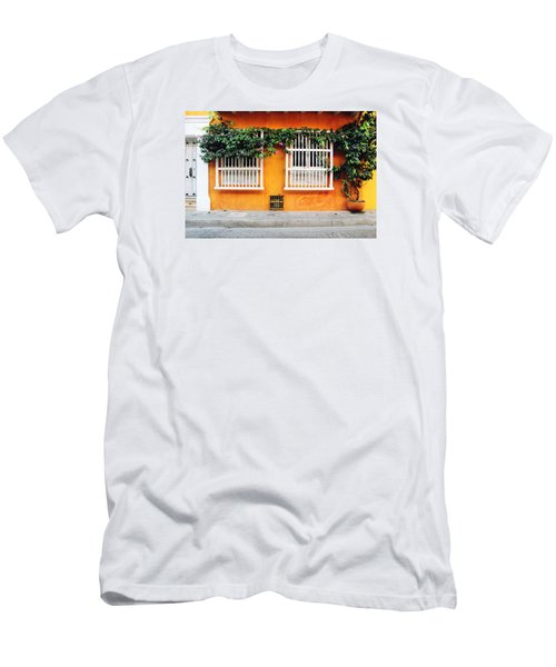 Cartagena Street Men's T-Shirt (Athletic Fit)