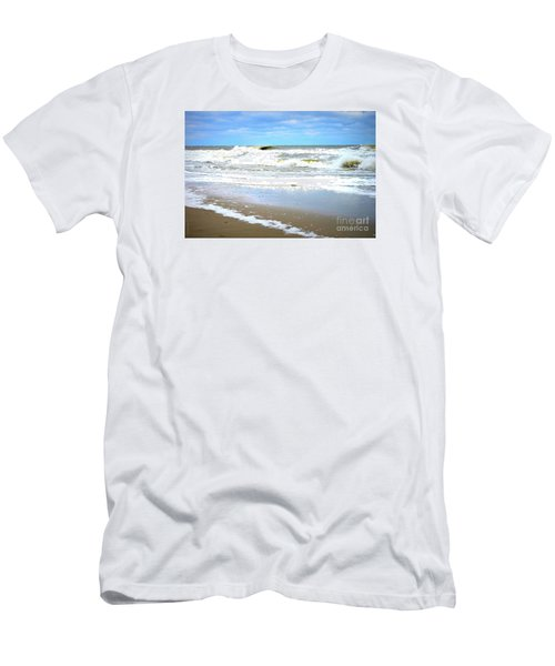Catch A Wave Men's T-Shirt (Athletic Fit)