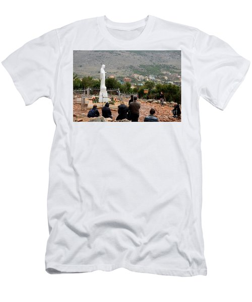 Catholic Pilgrim Worshipers Pray To Virgin Mary Medjugorje Bosnia Herzegovina Men's T-Shirt (Athletic Fit)
