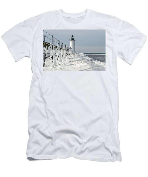 Catwalk With Icy Fringe - Horizontal Version Men's T-Shirt (Athletic Fit)