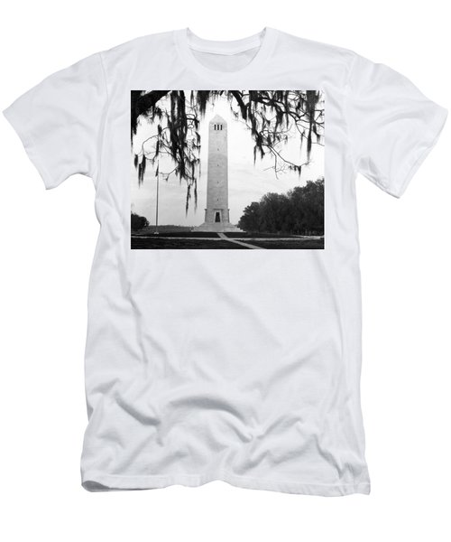 Chalmette Battlefield Monument  Men's T-Shirt (Athletic Fit)