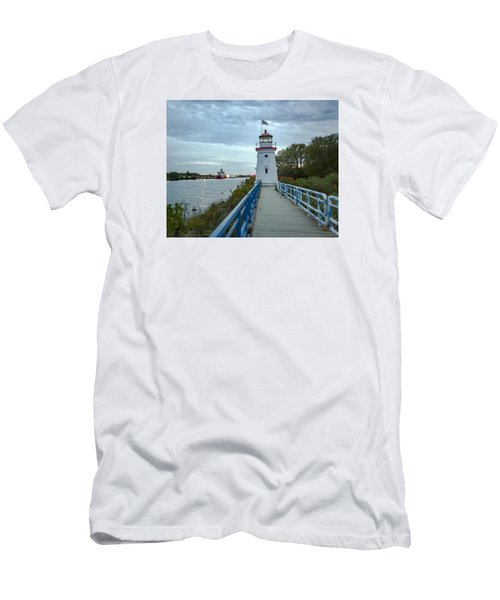 Cheboygan Crib Lighthouse Lake Huron, Lower Peninsula Mi Men's T-Shirt (Athletic Fit)
