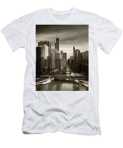 Chicago City View Afternoon B And W 16x20 Men's T-Shirt (Athletic Fit)