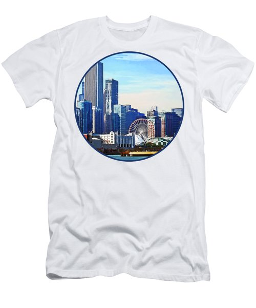 Chicago Il - Chicago Skyline And Navy Pier Men's T-Shirt (Athletic Fit)