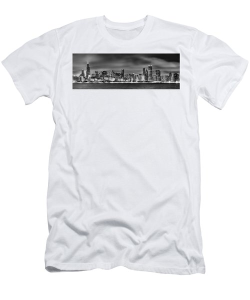 Chicago Skyline At Night Black And White Men's T-Shirt (Athletic Fit)