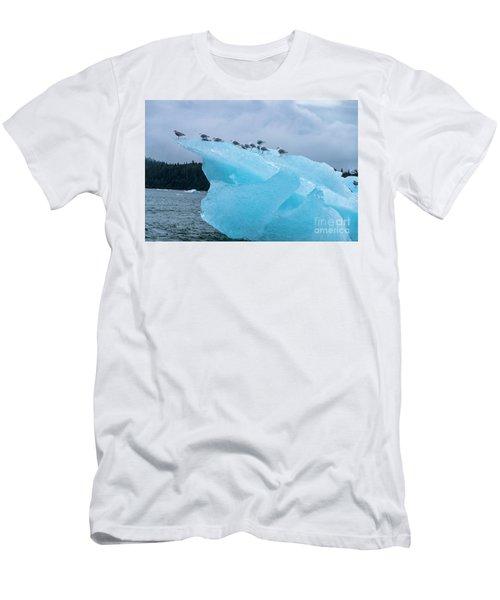 Chillin Men's T-Shirt (Athletic Fit)