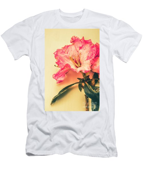 Classical Pastel Flower Clipping Men's T-Shirt (Athletic Fit)