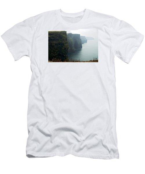 Cliffs Of Moher Men's T-Shirt (Athletic Fit)