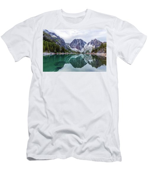 Colchuck Lake Men's T-Shirt (Slim Fit) by Evgeny Vasenev