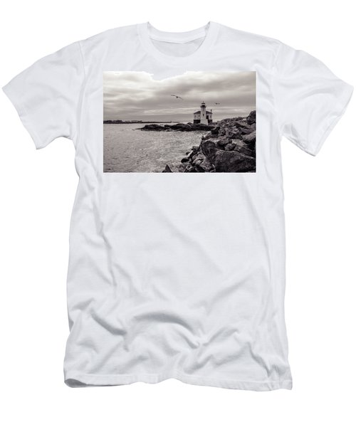 Coquille Lighthouse Oregon  Men's T-Shirt (Athletic Fit)