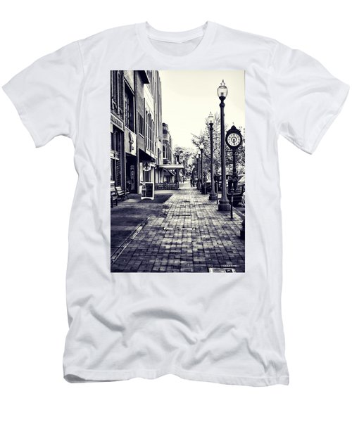 Court Street Clock Florence Alabama Men's T-Shirt (Athletic Fit)